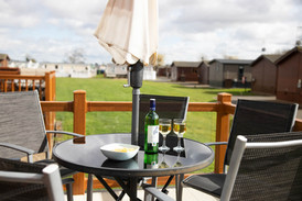 Secret Getaways UK | Holiday Cottages Stratford Upon Avon | Nature Breaks UK | Daisy Lodge | Countryside Breaks for Couples