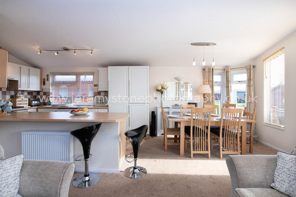 Nature Breaks UK | Daisy Lodge | Holiday Cottages Stratford Upon Avon | Countryside Breaks for Couples | Secret Getaways UK |