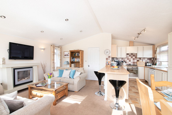 Secret Getaways UK | Nature Breaks UK | Daisy Lodge | Holiday Cottages Stratford Upon Avon | Countryside Breaks for Couples
