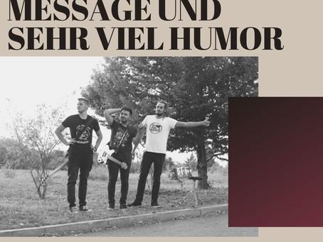 Ab und zu eine Message und sehr viel Humor