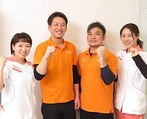 staff_all_06.jpg