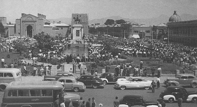 Ein Bild aus besseren Zeiten der Tudeh: Versammlung in Teheran 1953