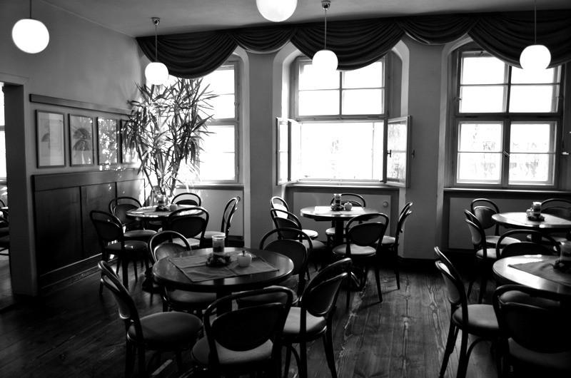 Eine gerdezu magische Atmosphäre im Inneren des Cafes