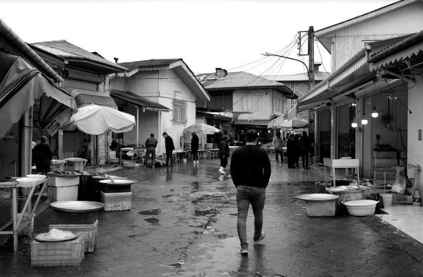 Leere Buden auf dem Markt: Bild: TM
