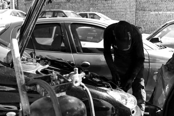 Autos werden als Kapitalanlage für die Iraner immer wichtiger. Bild: TM