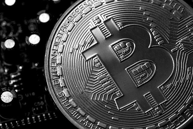 Objekt der Begierde: Bitcoin liegt derzeit bei rund 30.000 Euro.