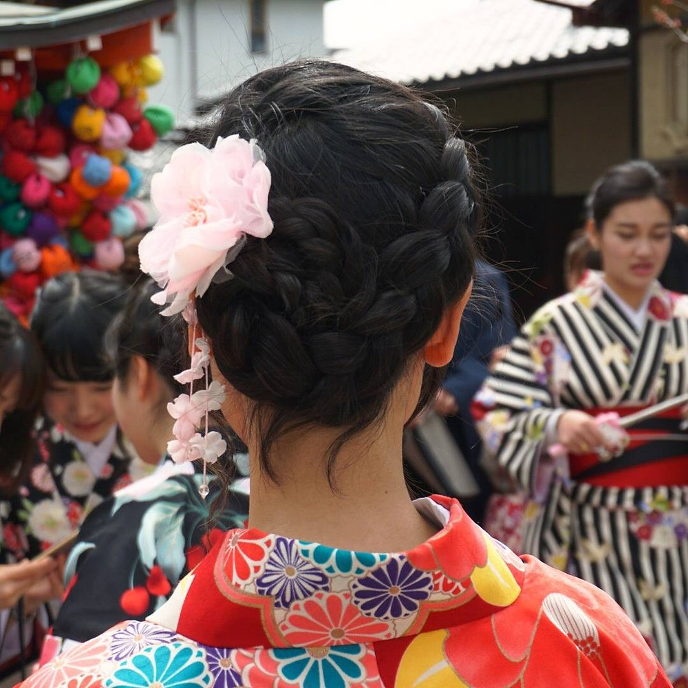 The perfect braided hair style to complement your Kimono Look.