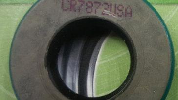 BS-99176 Oil seal on crankshaft side