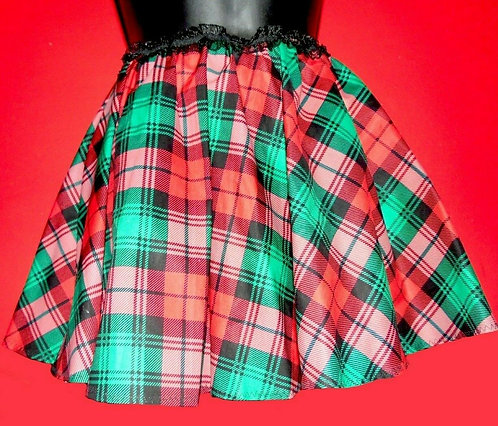 Red and Green Plaid Holiday Flirt Skirt Sz S w Scrunchie