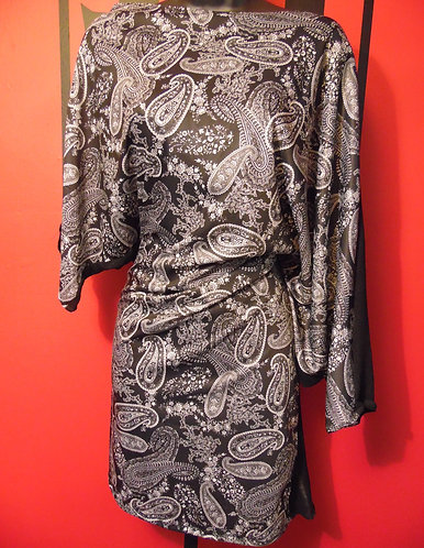 Multi-Wear Tunic - B&W Paisley
