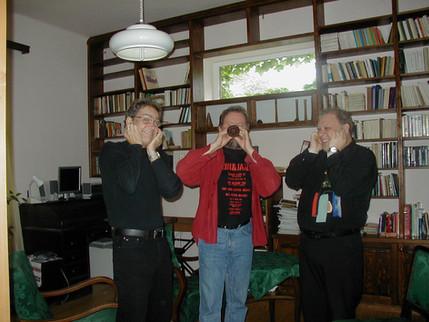 Gary, Mihály Borbély, Tony Lakatos
