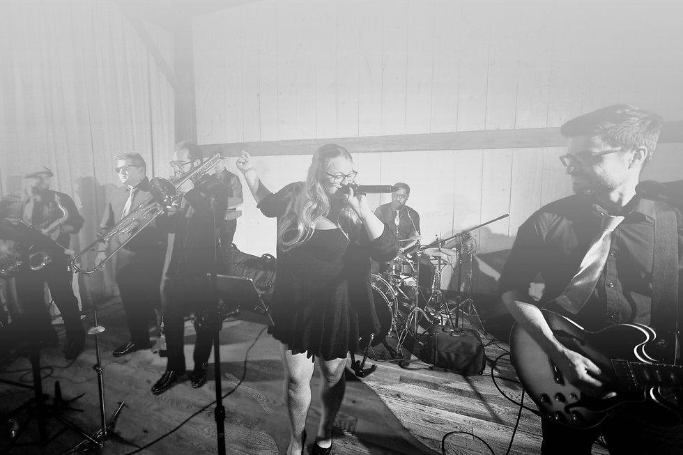 Live music band wedding band