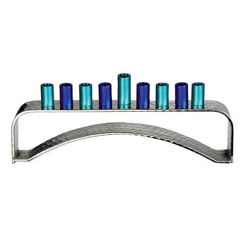 Aluminum menorah med blå ærmer