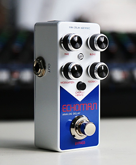 Graphics refresh for XVive's EchoMan delay pedal, 2019