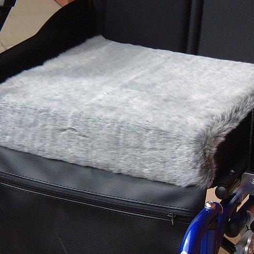 Deluxe Fleece Cushion