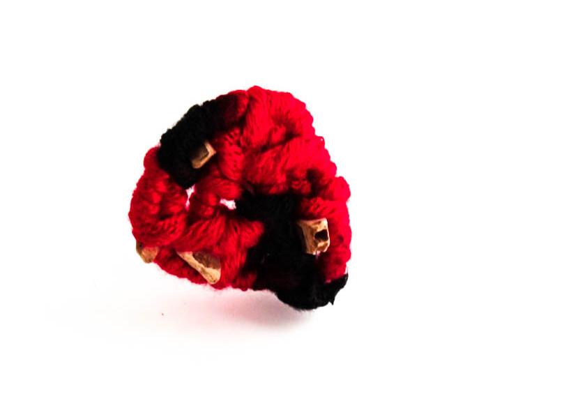 Jaw Yarn pin