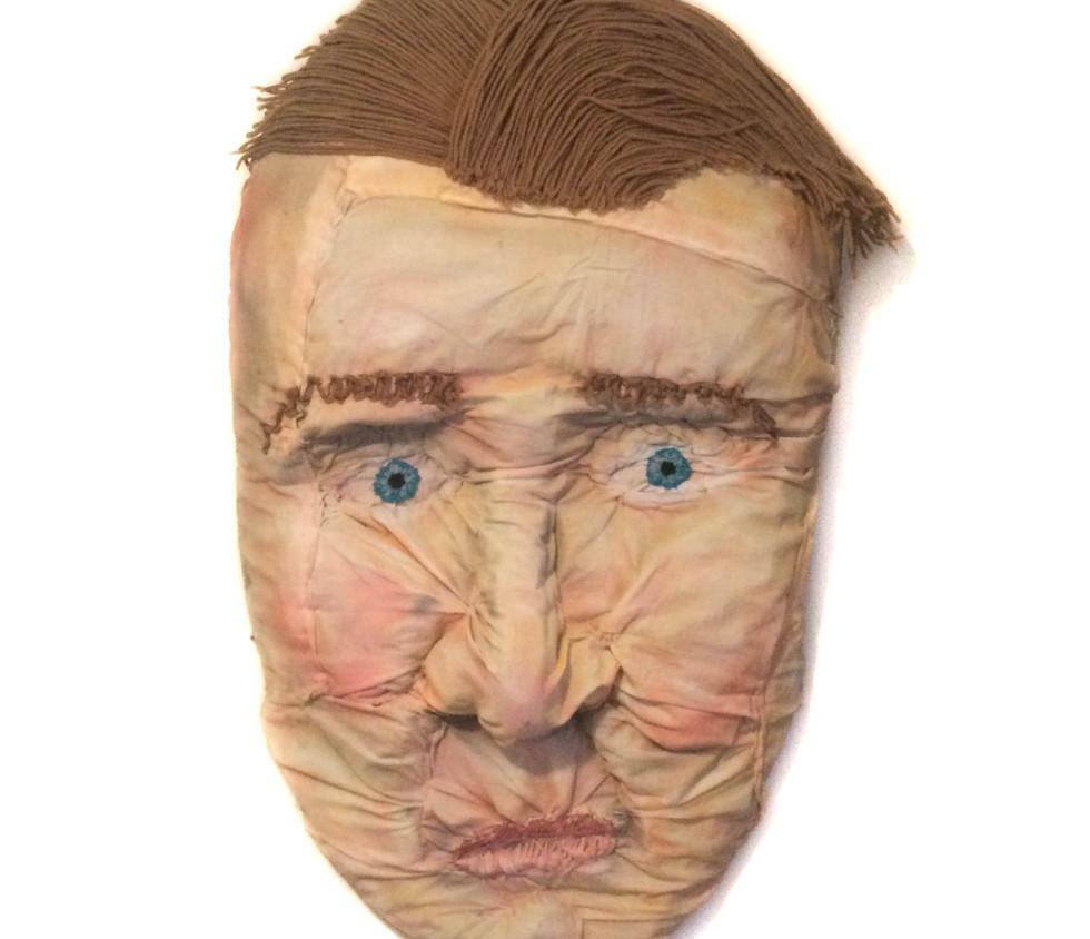Hitchens Pillow