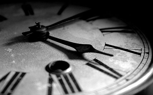 black-and-white-vintage-clock-photograph