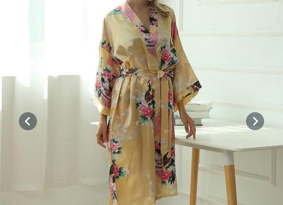 Vakker utført silke kimono- Gul