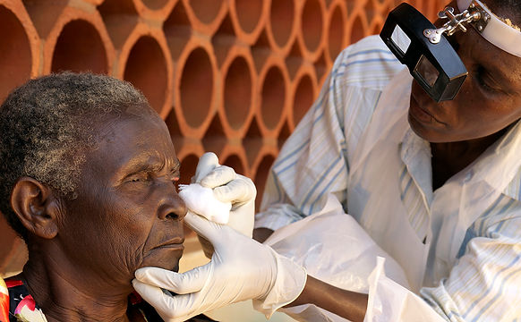 Sightsavers-Uganda-eye-exam.jpg
