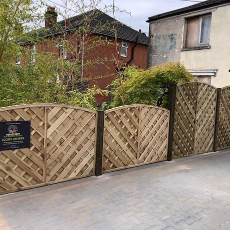 High end fence 1.jpg