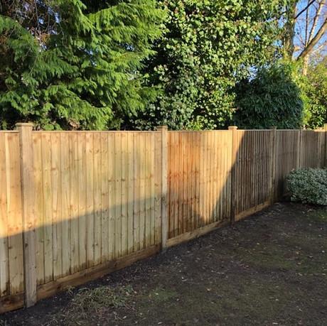 Closeboard wood post-GB 2.jpg