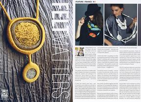 """Photos de créations de la feutrière Evelyne Alice Bridier ( 2 photos page droite ) pour le magazine Néerlandais """"FELTMATTERS"""""""