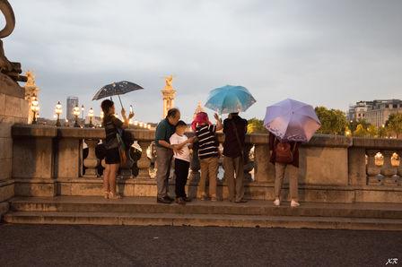 Les curieux de la tour Eiffel