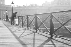 Le curieux du pont des Arts