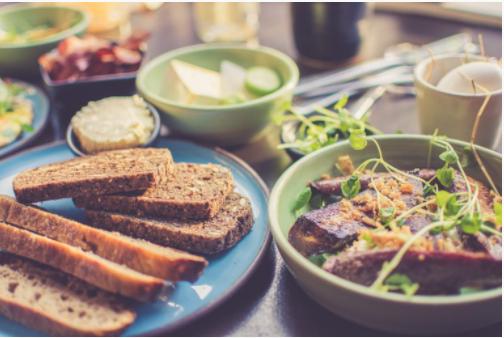 Un des objectifs de la loi Egalim est de rendre l'alimentation saine et durable accessible pour tous