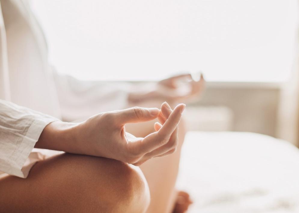 Un bon sommeil est nécessaire au bien être, car il permet au corps de bien se régénérer et il diminue le stress