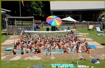 crowded pool photo