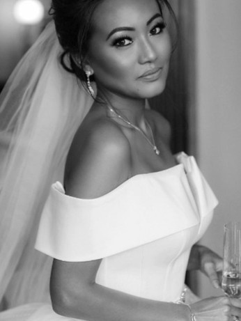 Bride Kunita at her London wedding at Claridges