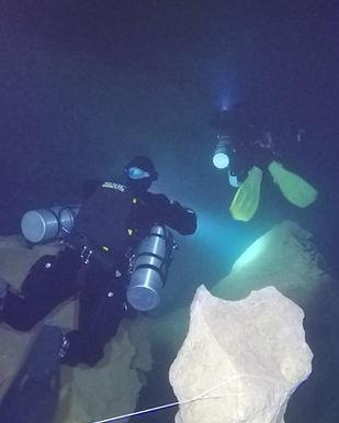 Cueva del Agua.jpg