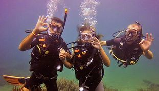 PADI Discover Scuba divers at Scuba Murcia.