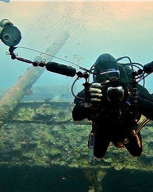 Digital photography diver