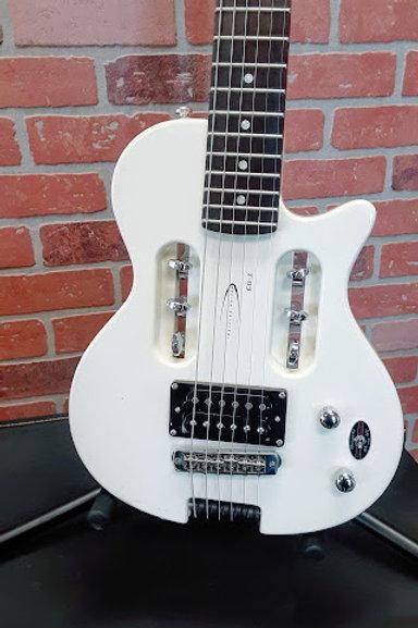 Traveler Guitar EG-1 with gig bag.