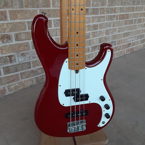 Ibanez Vintage 80's Roadstar II Bass