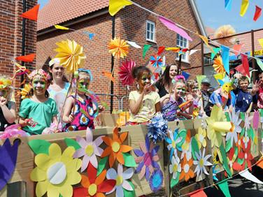 Framlingham Gala Fest Parade 005.jpg