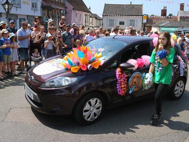 Framlingham Gala Fest Parade 003.jpg