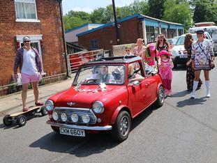 Framlingham Gala Fest Parade 004.jpg
