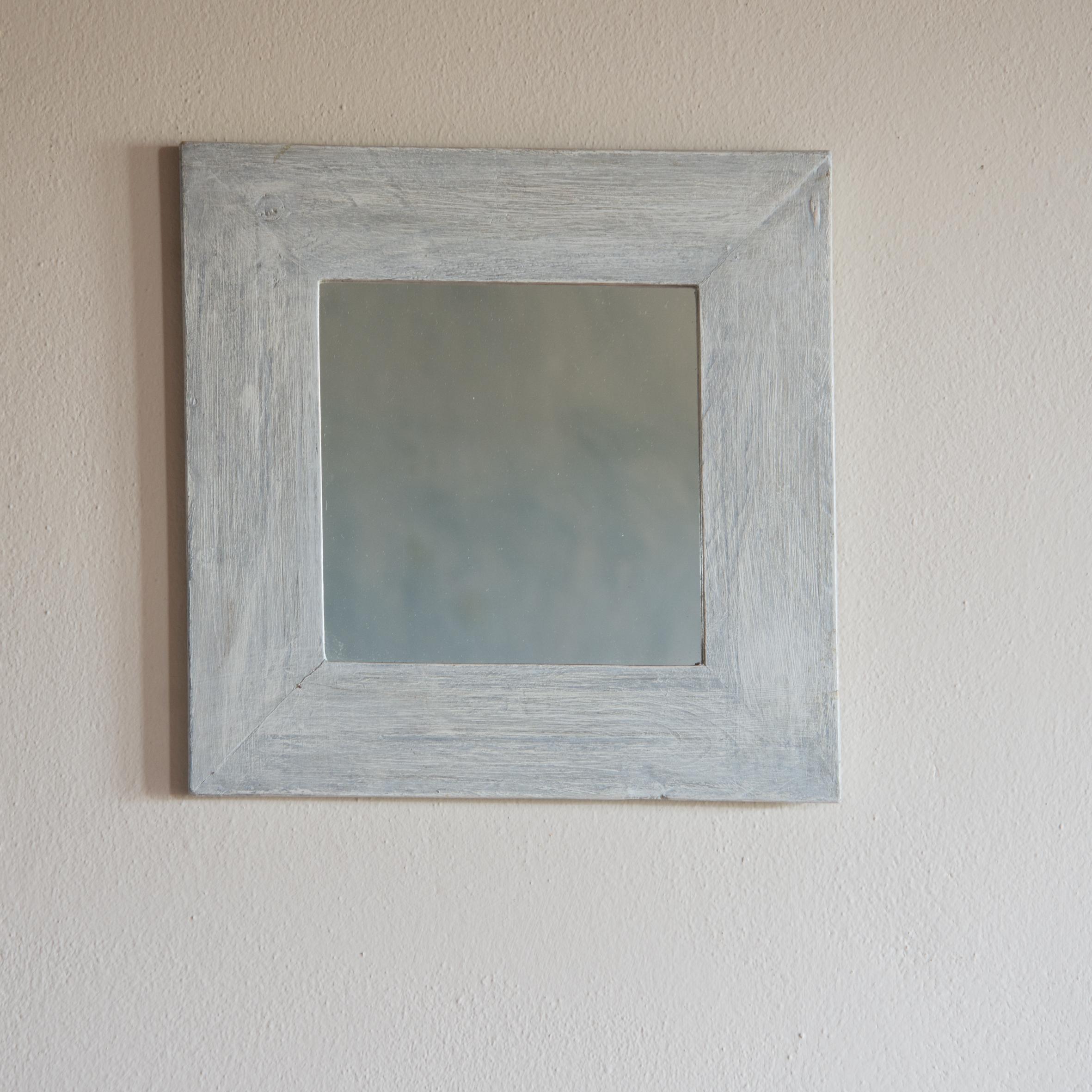 Specchio no. 06 in legno di recupero in bianco/grigio