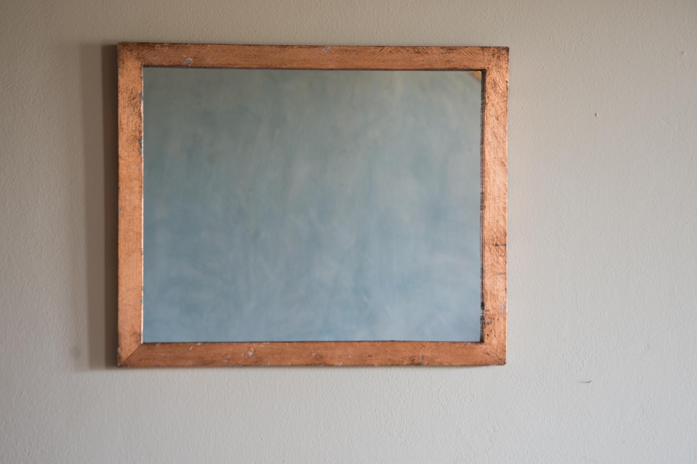 Specchio no.01 in legno di recupero con foglia in rame