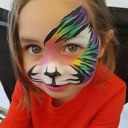 What an adorable tiger!!!!! Rarrrr 🐯 #k