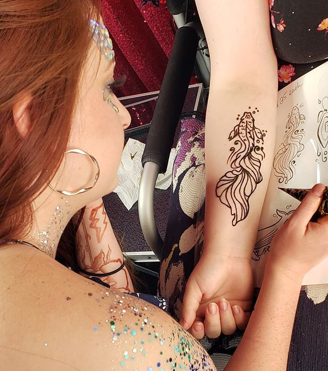 Henna art by Krys Kreations Artist_ Brit