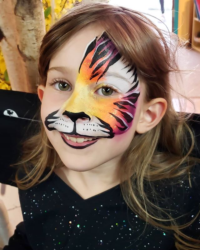 Half face tiger by KRYS _Face painting f