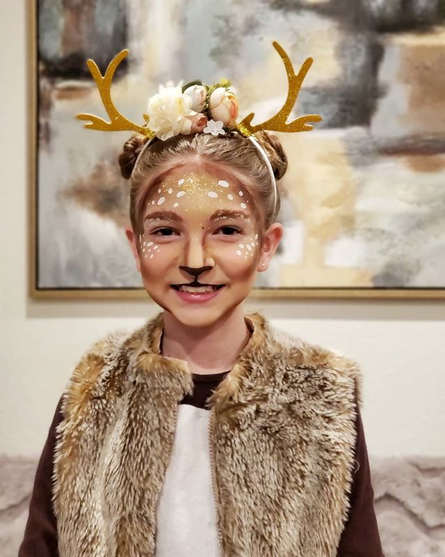She was such a deer to paint 🦌 #happyha