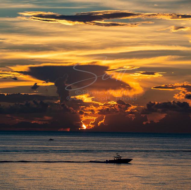 Sunrise - over ocean PB GSS_2600 wtr sma