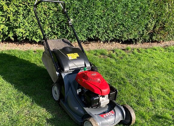 Honda HRX476 4 wheel push lawnmower