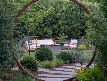 Kentfield Moon gate
